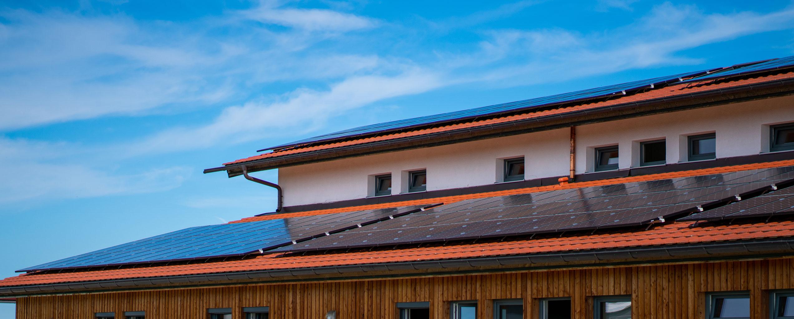 COROX by Hans Friedl produziert jetzt eigenen Strom