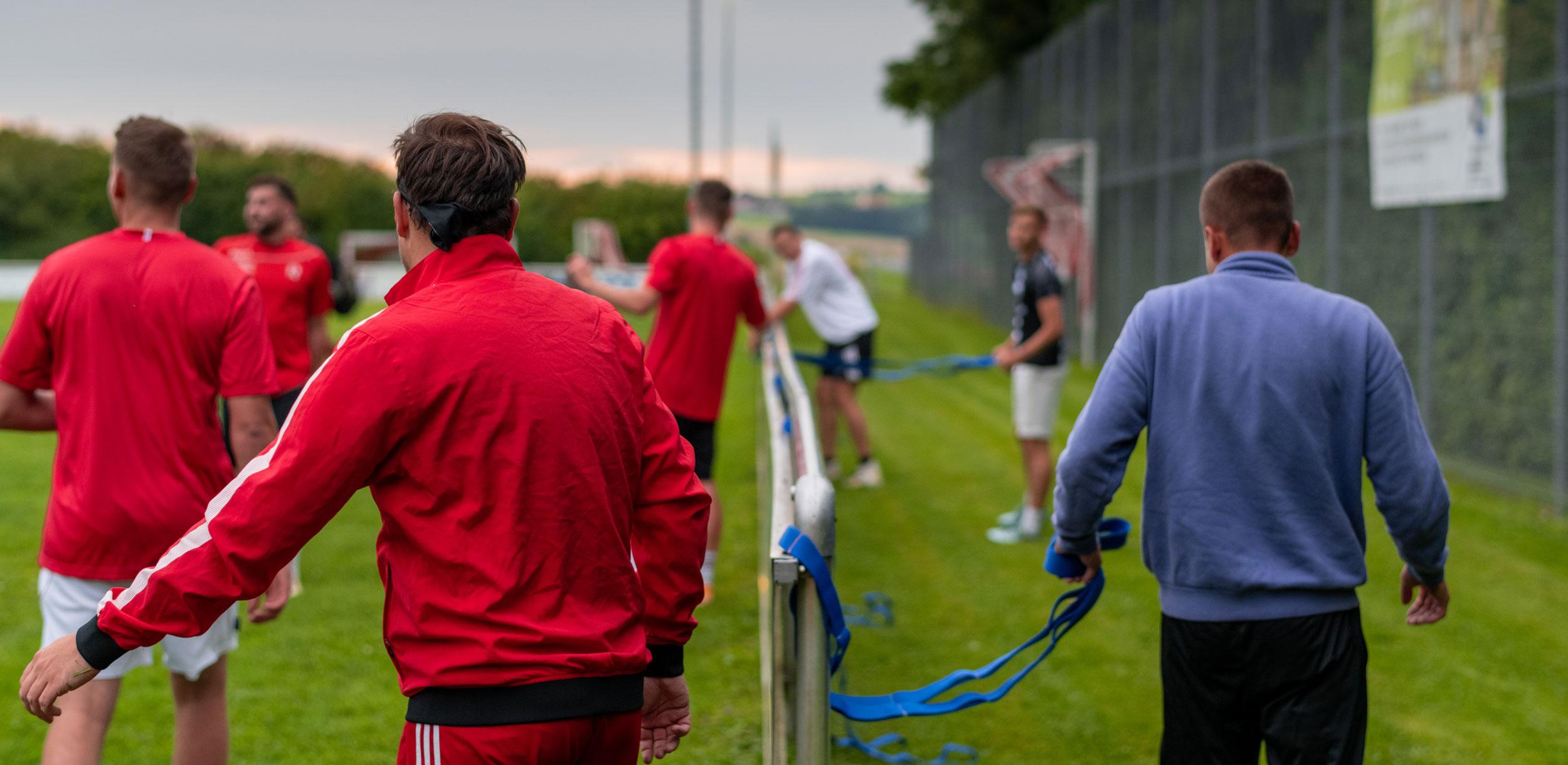 DEM GEGNER DAVONLAUFEN – ATHLETIKTRAINING im Amateurbereich – Der TSV Haag macht Corox Training